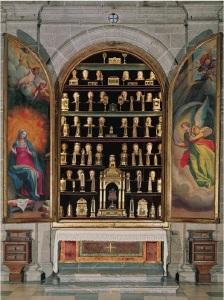 Armadio reliquiario