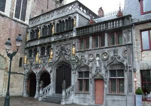 Facciata chiesa Bruges