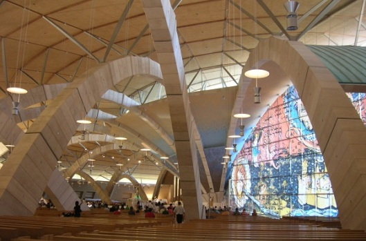 Interno nuova chiesa