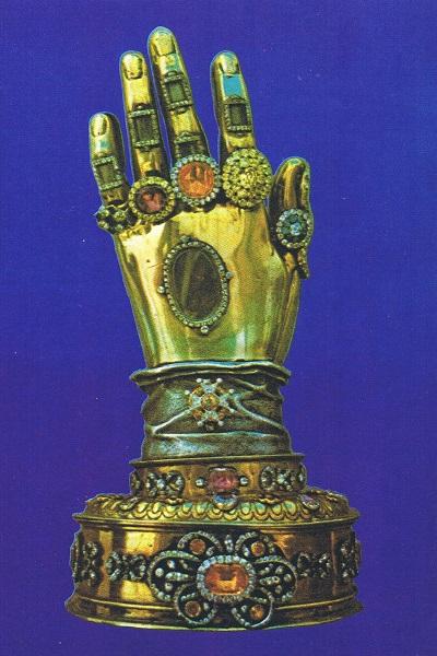 Reliquiario contenente la mano incorrotta di Santa Teresa d'Avila. Convento de la Merced, Ronda (Malaga, Spagna)