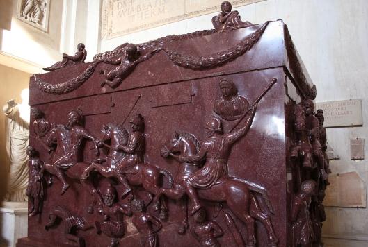Santa Elena: las peripecias de los restos de una emperatriz